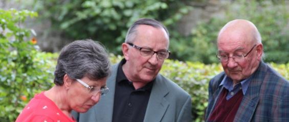 Nicole Pirard, MM. les abbés Marcel Villers et Joseph Dambois