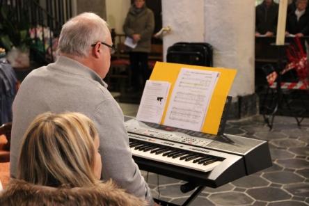 Pierre à l'orgue