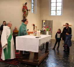 Accueil des enfants préparant leur baptême