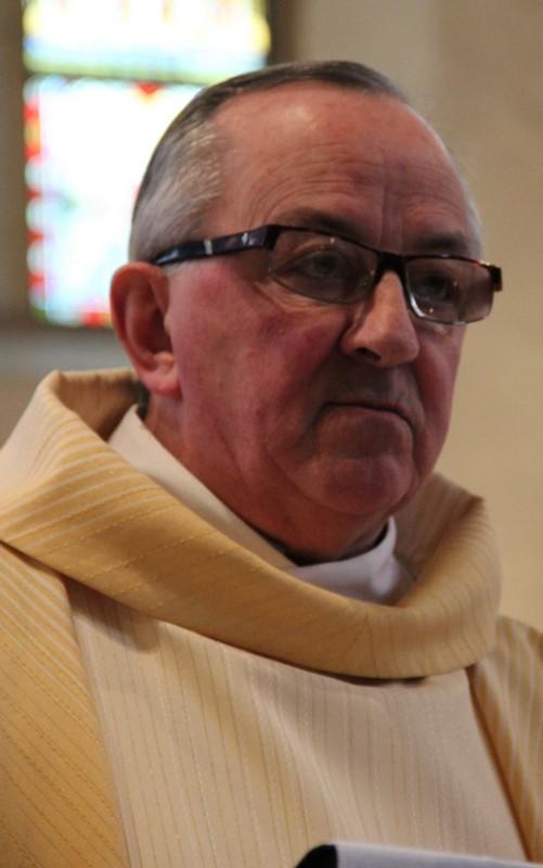 L'abbé Marcel Villers prononce son homélie