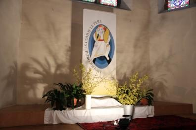 Décoration de l'église en ce jour de fête
