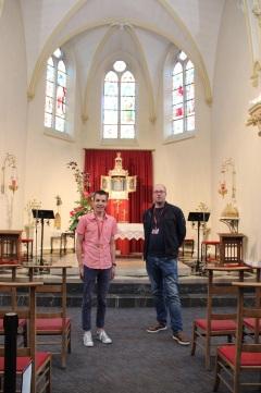 Martin et Jean-Paul, guides accueillants chevronnés