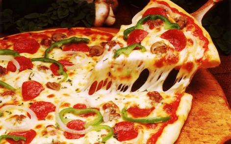 Une pizza pour parler de ta vocation ?