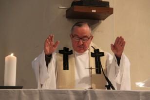 2017-12-25 - Messe du jour de Noël - Theux - Bénédiction solennelle