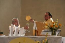 2018-04-01 - Messe du jour de Pâques à Theux et sacrements de l'initiation chrétienne